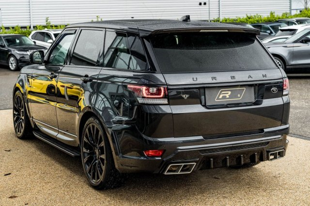 U R B A N is in the building...  This mean-looking Range Rover Sport comes with an Urban Bodystyling & Alloy Upgrade. Other features include; Fixed Panoramic Roof & Heated Cooled Memory Seats. Available now for £46,990!  Full advert on our website, link in bio! ⠀⠀⠀ ⠀⠀⠀ ——— #rangerover #rangeroversport #urban #cars #car #carsofinstagram #auto #supercars #carlifestyle #instacar #luxury #photography #automotive #like #racing #turbo #supercar #follow #instacars #carswithoutlimits #luxurycars #redlinesocial