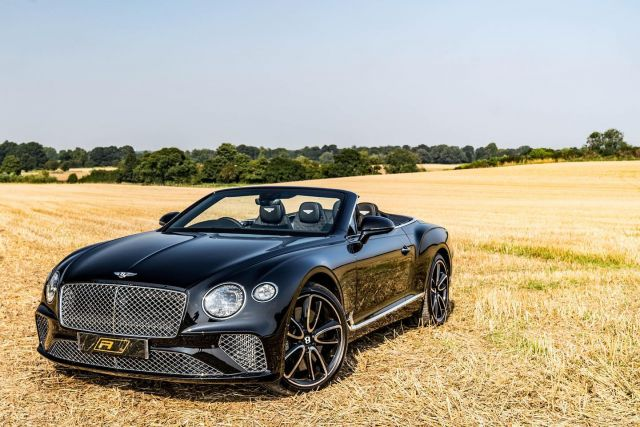 Look at this epic 2019 (19) Bentley Continental GTC that's just landed in stock. With 5,463 miles on the clock, it's yours for £184,950.  Features include; Mulliner Driving Specification with Black & Polished Edge Alloy Wheel, LED Welcome Lamps by Mulliner, Front Seat Comfort Specification, Bright Chromed Lower Bumper Matrix Style Grille, Steering Wheel - 3 Spoke Duo-Tone Hide Trimmed - Heated, Bentley Rotating Display, Contrast Stitching, City Specification, Diamond Knurling, Mood Lighting Specification.  @cim_redline 📸   Full advert on our website, link in bio! ⠀⠀⠀ ⠀⠀⠀ ——— #bentley #bentleycontinentalgt #cars #car #carsofinstagram #auto #supercars #carlifestyle #instacar #luxury #photography #automotive #like #racing #turbo #supercar #follow #instacars #carswithoutlimits #luxurycars #redlinesocial